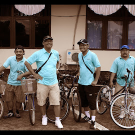 Bikers by Mulawardi Sutanto - Sports & Fitness Cycling ( sambas, bikers, travel, bicycles, indonesia, group )