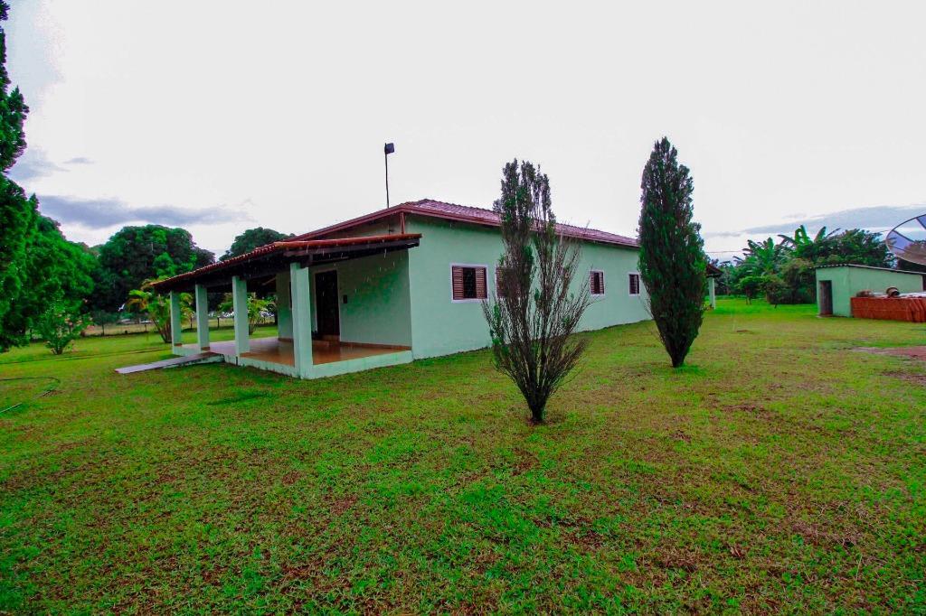 Chácara | Quintas com quartos para Alugar, 200 m²