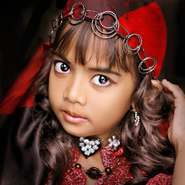 by Dian Susanti - Babies & Children Child Portraits