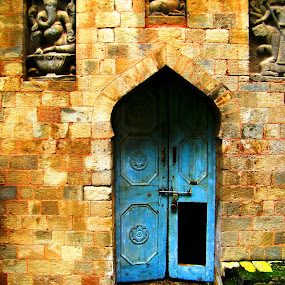 Old Fort by Shishir Pal Singh - Buildings & Architecture Public & Historical ( architecture., doors, building, historic buildings, fort )