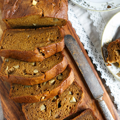 Pumpkin Apple Bread (Gluten-Free)