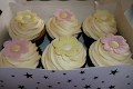 Wafer Daisy Cupcakes