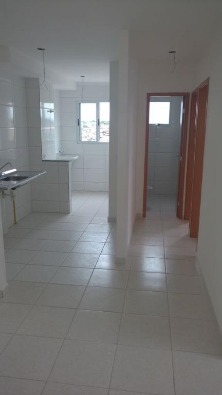 Apartamento residencial para venda e locação, Jardim Santa I