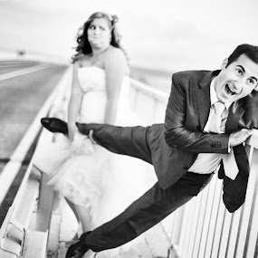 wedding funny by Boštjan Vučak - Wedding Bride & Groom ( wedding, funny, bridge, bride, groom, escape )