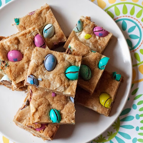 Peanut Butter M&M White Chocolate Chip Cookie Bars