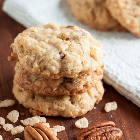 Crunchy Chewy Coconut Oatmeal Cookies
