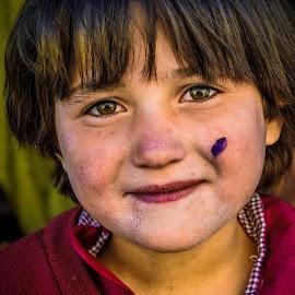 Undiluted by Fateen Younis - Babies & Children Children Candids ( remote valley, baby girl, child portrait, northern pakistan, eyes )