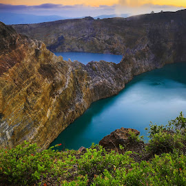selamat pagi kelimutu by Eddy Due Woi - Landscapes Waterscapes