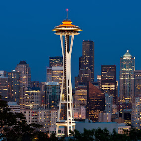 Seattle at dusk. by Muzo Gul - City,  Street & Park  Vistas