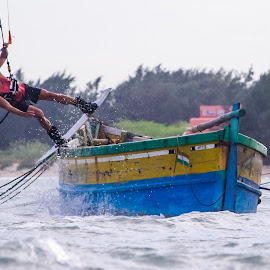 Kiteboarding Rail-slide in India by Ryan Curtright - Sports & Fitness Watersports ( comekitewithus, wakestyle, kitesurfing, rail-slide, kiteboard, kiteboarding india, freestyle, kiteboarding )