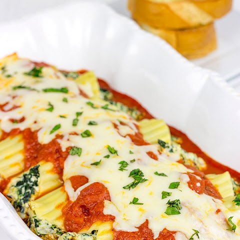Baked Manicotti with Spinach