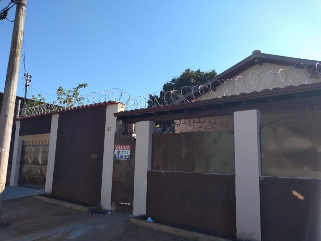 Casa com 2 dormitórios para alugar, 137 m² por R$ 950/mês - Vila São Cristóvão - Uberaba/MG