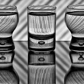 Eddy Maerten by Eddy Maerten - Artistic Objects Glass ( mirror, black and white, glass )