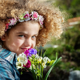 Hi, my name is Petra by Andrija Vrcan - Babies & Children Child Portraits ( girl, flowers, portrait )