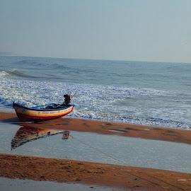 Lonely... by Cam Bala - Landscapes Beaches ( thiyagu rajan, sneha, laxman selvaraj, hemalatha swaminathan, cambala )