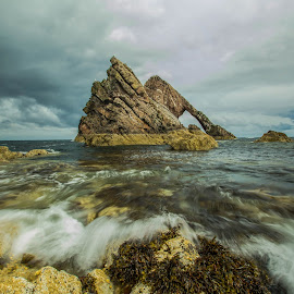 Bow Fiddle Rock by Peter Bartlett - Landscapes Waterscapes