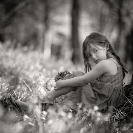 Bluebells Mini Sessions by Dominic Lemoine Photography - Black & White Portraits & People