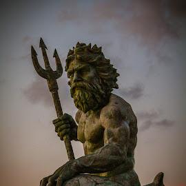 King Neptune by Christine Weaver-Cimala - Buildings & Architecture Statues & Monuments ( hilton, bronze, landmark, sculpture, park, neptune, virginia, ocean, atlantic, king )