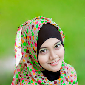 HIJABERS by Dimas Winarto - People Portraits of Women ( potrait, green, beauty, hijab )