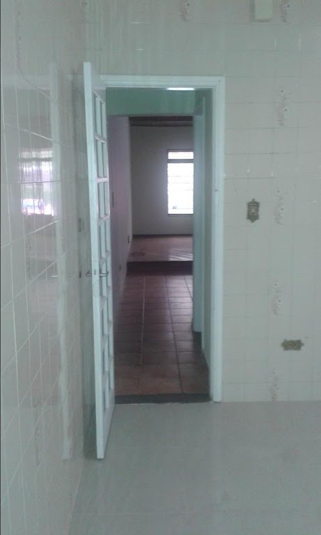 Guarulhos : Venda ou Locação - Sobrado 03 dormitórios, sala