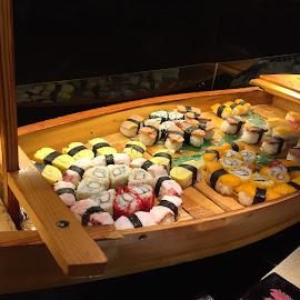 Sashimi boat 🚣😍 by Reynaldo Ugalde - Food & Drink Plated Food