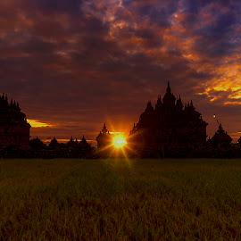 Sunset on Plaosan temple by Agus Sudharnoko - Landscapes Sunsets & Sunrises