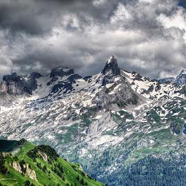 Swiss mountains by Alexander Arntsen - Landscapes Mountains & Hills ( clouds, mountains, mountain, sky, sxhweiz, switzerland, people )