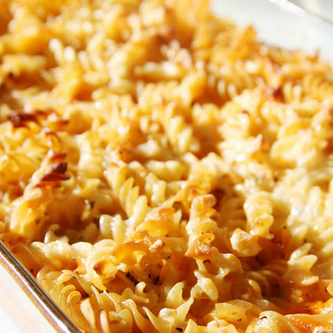 Baked Macaroni & Cheese with Tomato