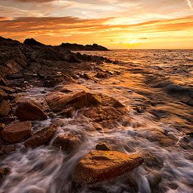 Rocks at sunrise 2.jpg