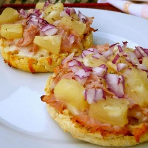 ENGLISH MUFFIN HAWAIIAN PIZZA