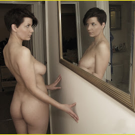 by Shaun Healey - Nudes & Boudoir Artistic Nude ( looking, mirror, reflection, model, nude )