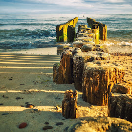 Morning on the Baltic sea by Tomasz Marciniak - Landscapes Beaches ( sun., see, beach, morning, shadows, baltic )