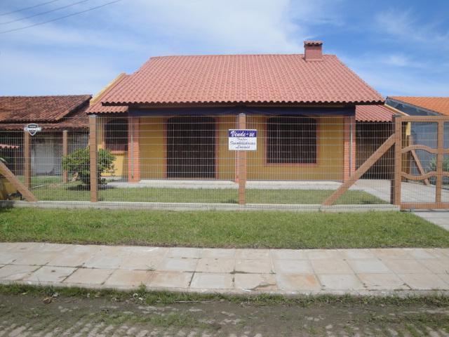 Linda casa MOBILIADA com piscina, Centro, Imbé.