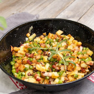 Pan Fried Potatoes With Green Peas & Bacon