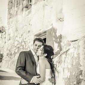 SofiaCamplioniCom (9393) by Sofia Camplioni - Wedding Bride & Groom