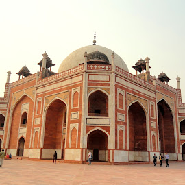 The Memoir To Humayun.............. by Soutik Halder - Buildings & Architecture Statues & Monuments ( tomb, india, architecture, delhi_tour, mogul, humayun, delhi )