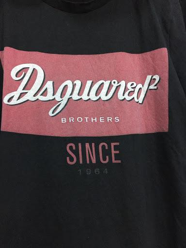 image-T-shirt Dsquared 2 -60677771-FC7B-433F-9387-D47CB75A86B7.jpeg