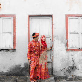 Red Union by Khairil Akmar Yahaya - Wedding Bride ( balanced, simplicity, wedding, framed art, geometric, ceremony, groom, people )