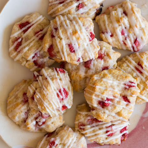 Vanilla Strawberry Short Cake Cookies