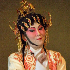 chinese opera by Sue Rickhuss - People Musicians & Entertainers