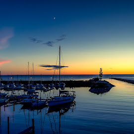 Eventide by Limeblu Photography - Landscapes Sunsets & Sunrises ( love, color, sunset, beautiful, tide, arbour, ocean, lake, beauty, beach, boats.sail, romance )
