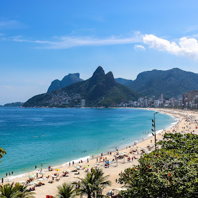 Ipanema beach by Alexandre Rios - Landscapes Travel ( brazil, mountains, ipanema, rio de janeiro, south america, tropical, hot, beach, daylight,  )