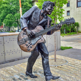 Chuck Berry by Margie Troyer - Buildings & Architecture Statues & Monuments