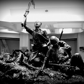 Our Heroes by Dennis Agusdianto - Novices Only Portraits & People ( heroes, indonesia, fighting, war, surabaya, tugu pahlawan )