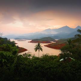 Evening light by Aneesh Babu - Landscapes Mountains & Hills ( water, wild, hills, mountain, sunset, nikon, evening,  )