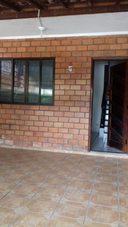 Casa com 2 dormitórios para alugar, 67 m² por R$ 1.300,00/mês - Vila Voturua - São Vicente/SP
