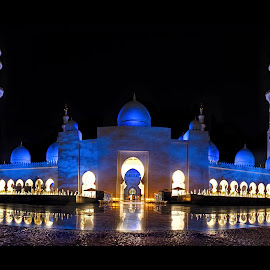 Tilt Shift Panorama of Sheikh Zayed Grand Mosque by Irfan Tayab - Buildings & Architecture Places of Worship ( masjid, dubai, uae, abudhabi, panorama, sheikh zayed mosque )