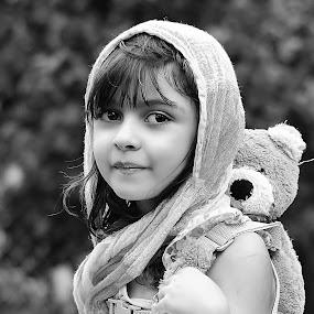 teddy by Julian Markov - Black & White Portraits & People ( adrina )