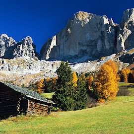 View of Dolomites by Gérard CHATENET - Landscapes Travel