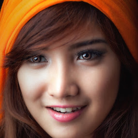 by Ohmz Pineda - People Portraits of Women ( , Model, Portrait, Untouched, Unedited, Non-photoshop, best female portraiture )